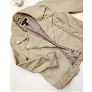 Forever 21 Beige Faux Leather Jacket Size Small